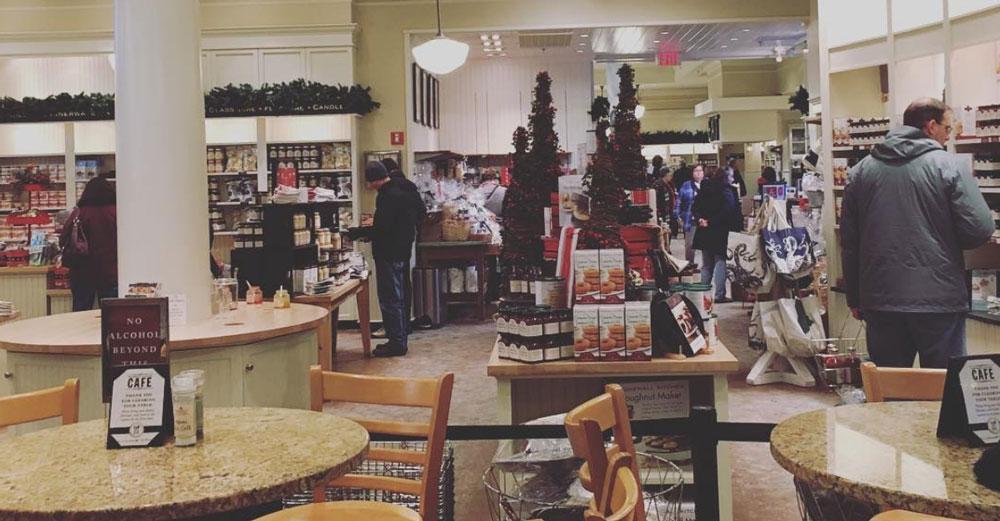 Stonewall Kitchen Flagship Store In York, Maine. Plenty Of Samples! Photo  Credit: @lizhannum14